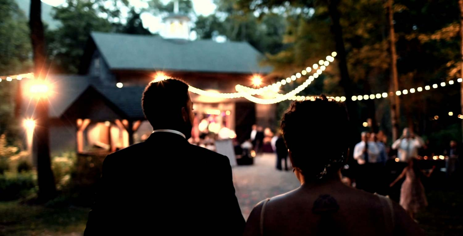 Upstate wedding includes experienced team and day-of coordination
