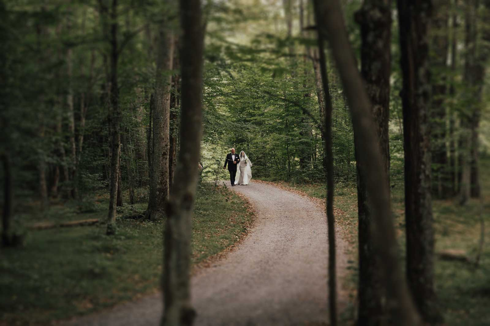 Overview of all that is included in the wedding package at Roxbury Barn and Estate